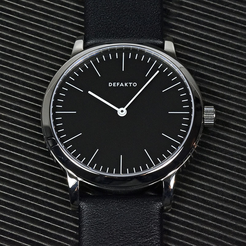 Defakto Watches - minimal design wrist watches for purists, made in germany